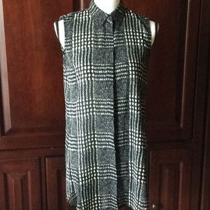 J.Crew sleeveless button down blouse S 2T